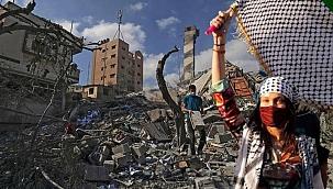 Saldırılar kadar tehlikeli! İsrail'in resmi yalanlarına ünlü model bile hedef oldu