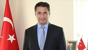 Türkiye'nin Kiev Büyükelçisi Güldere, Ukrayna'da 'Yılın Büyükelçisi' ödülünü aldı