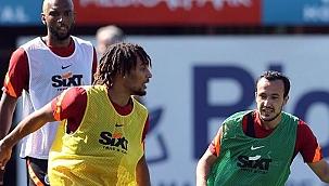 Galatasaray'da Sacha Boey takımla çalıştı