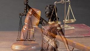 Anayasanın ilk 4 maddesi neden değiştirilemez? Anayasanın ilk dört maddesi...